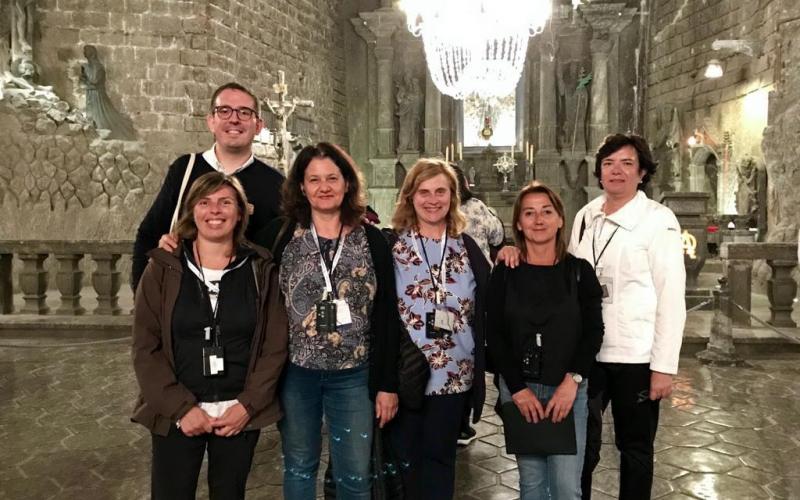 Il gruppo italiano nella magnifica Cappella di Santa Kinga durante la visita alle miniere di sale a Wieliczka il 17 luglio.