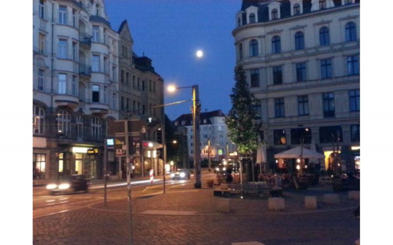 Image of a full moon over Leipzig